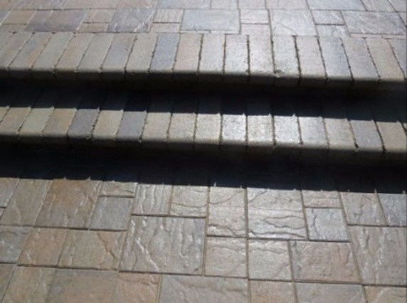 this is an image of concrete pavers in tracy california